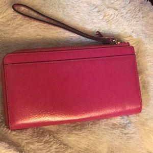 kate spade Bags - ♠️ Kate Spade Wellesley leather wristlet/wallet♠️
